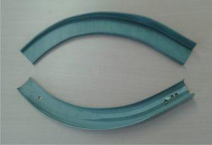 Ersatzteil für Innenverkleidung IL-18 - unten Orginalteil, oben Gegenstück neu 3D-gedruckt